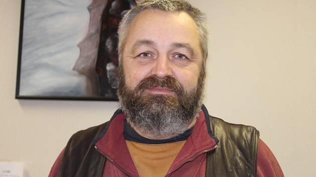 Václav Klein patří k lidem, kteří si výstavbu nepřejí. Snímek Tomáše Teplého chybí, jeho uveřejnění si nepřál.