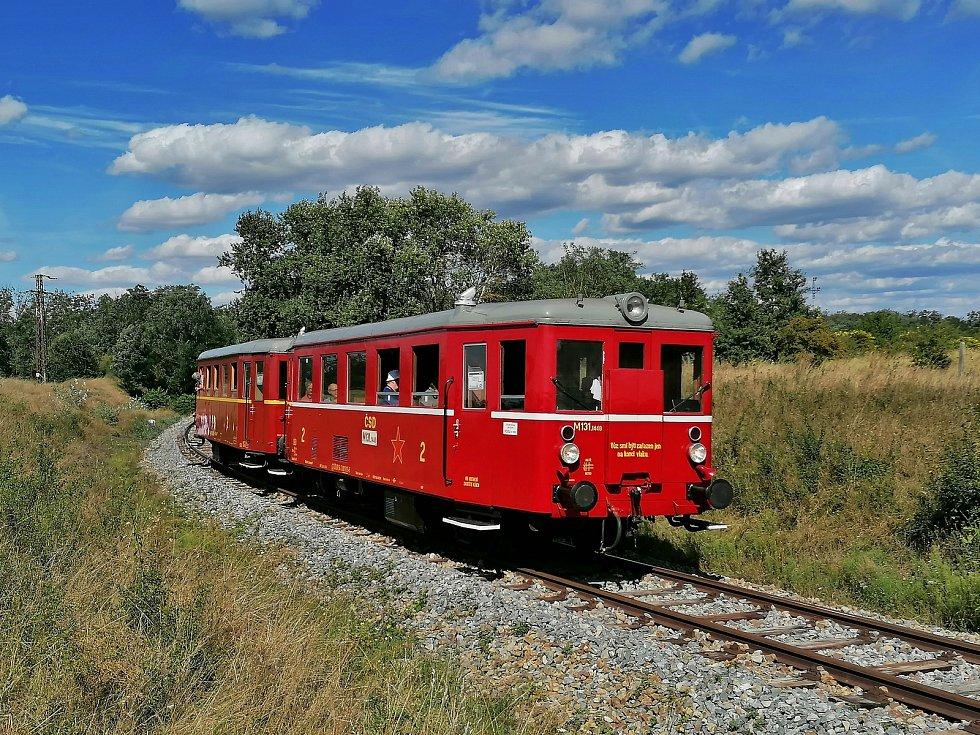 Motorový vlak Hurvínek.