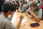 Žáci středních a základních škol se utkali v pondělí v budově břeclavské Střední průmyslové školy a Obchodní akademie v oblastním turnaji pIšQworek. Vítězem se stal mikulovský tým Gymyk A.