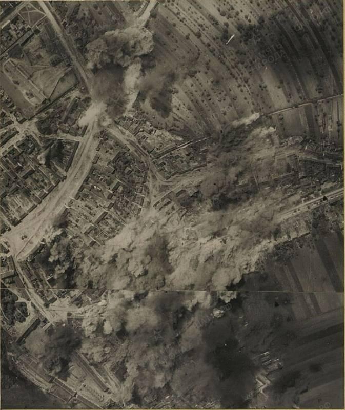 Bombardování Drnholce 7. května 1945.