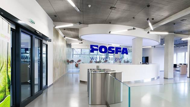 Akciová společnost Fosfa, která sídlí v břeclavské městské části Poštorná, je jediným výrobcem kyseliny fosforečné termické a fosforečných solí v České republice. Jedná se o podnik s dlouholetou výrobní tradicí, která sahá až do roku 1884.