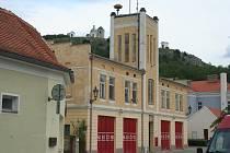 Mikulovští hasiči se dočkají nové zbrojnice. Stavět se začne ještě letos. Dosavadní budovu obsadí muzeum totality.
