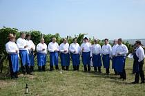 V Němčičkách zazpívají mužáci, zahraje Sklepanka