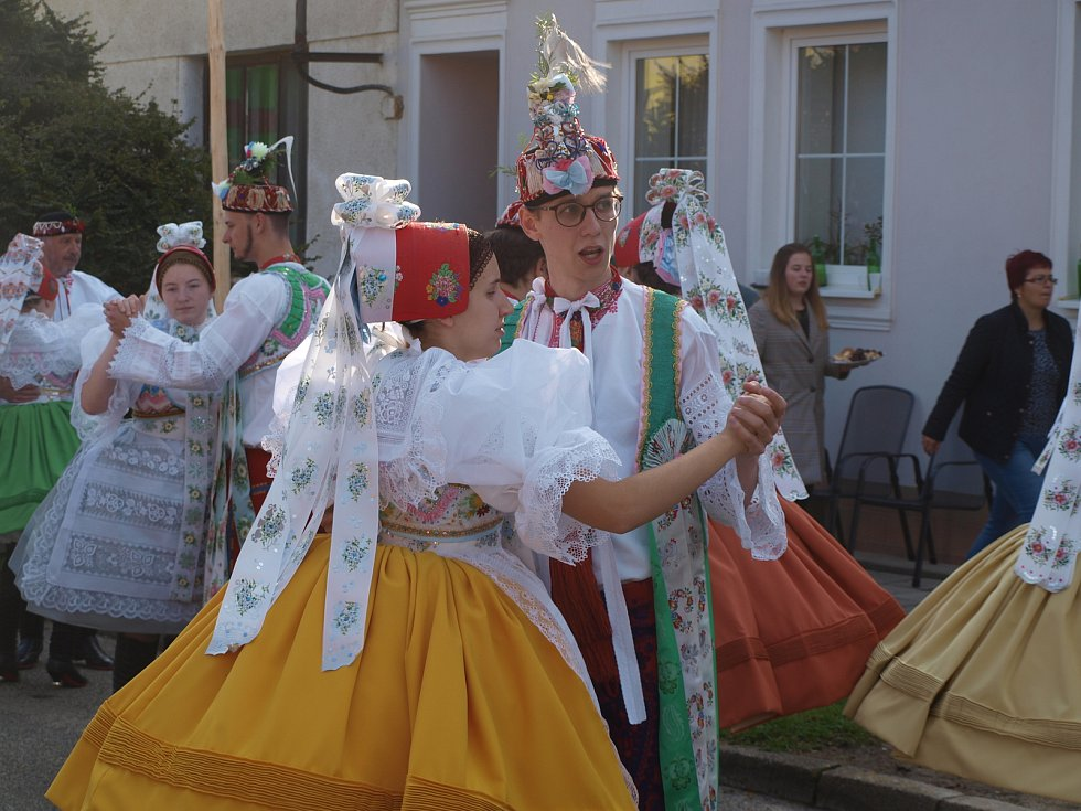 V Poštorné slavili tradiční krojované hody