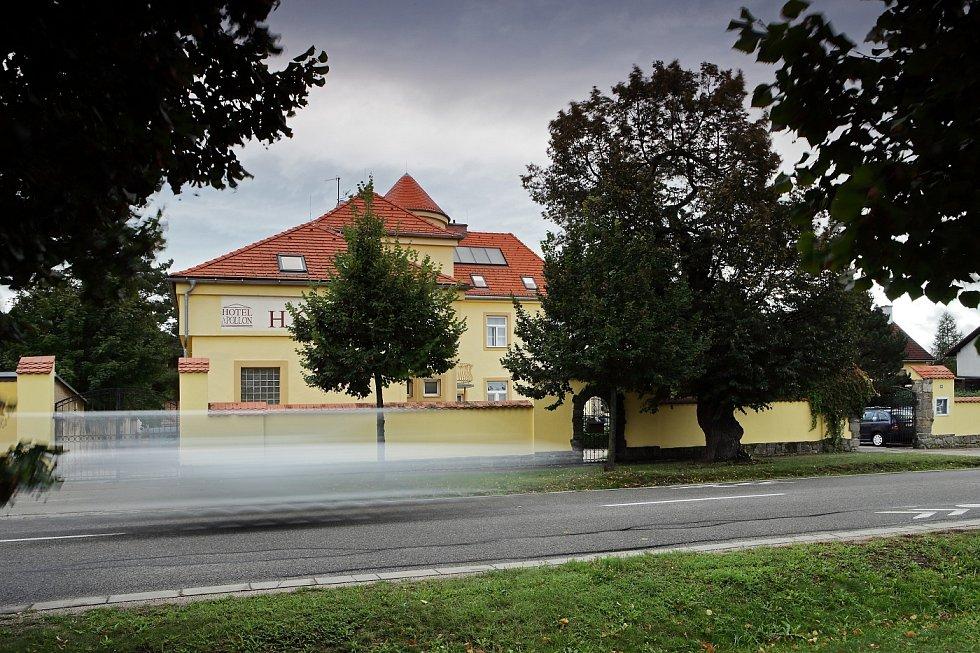 Dle prodávající realitky je o valtickou historickou budovu zájem. Vila může sloužit jako ubytování, vrátit se k odkazu minulosti jako soukromá lékařská klinika, pečovatelský dům pro seniory, nebo sídlo společnosti.