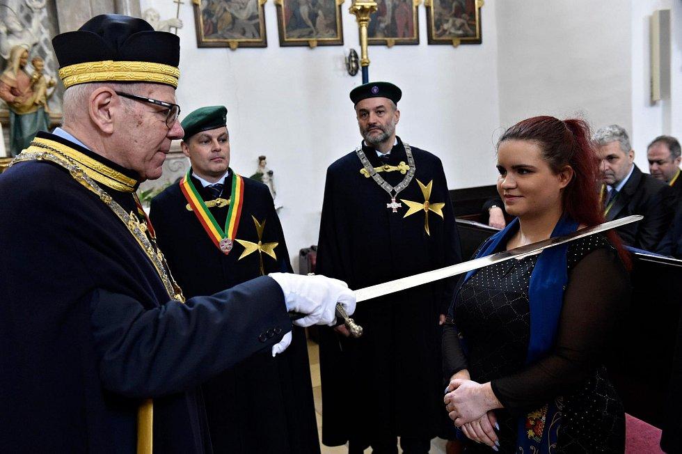 Alžběta Suská, rodačka z Velkých Pavlovic, se stala nejmadší členkou řádu Rytířů vína v Legátu Morava.