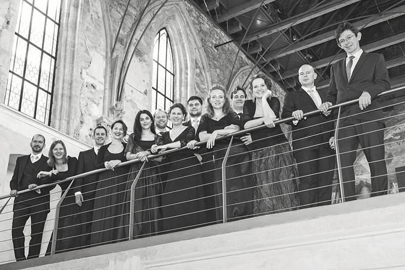 Collegium 1704 a Collegium Vocale 1704 (na snímku) uvede ve Vídni za řízení Václava Lukse duchovní skladby Antonia Vivaldiho anovodobou světovou premiéruConcertina G durJohanna Melchiora Pichlera.