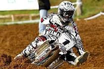 Jezdec velkobílovického Osička MX Teamu Jiří Čepelák neudržel třetí místo a skončil na neoblíbené čtvrté pozici.