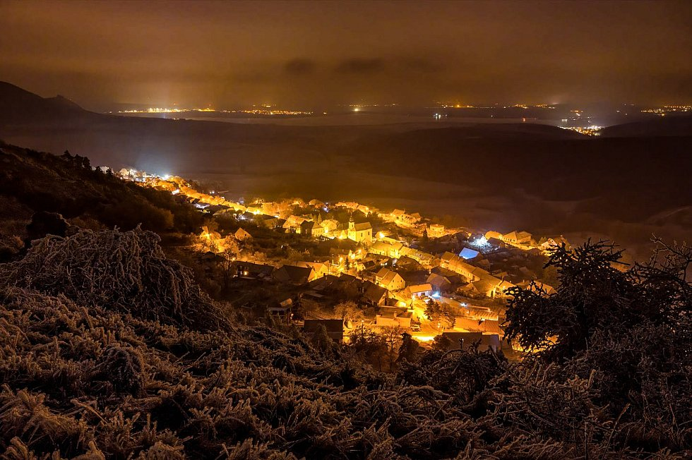 Zimní večer nad Klentinicí.
