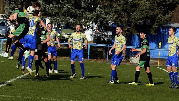 Fotbalisté MSK Břeclav (ve žlutomodrém), ilustrační foto