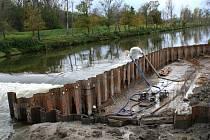 Výstavba rybího přechodu na řece Dyji mezi Lednicí a Podivínem.
