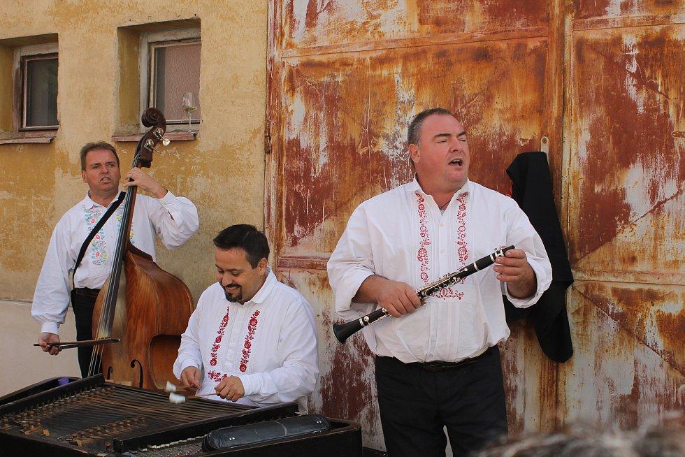 Mikulov hostil Pálavské vinobraní. Navštívily ho desítky tisíc milovníků vína a burčáku.
