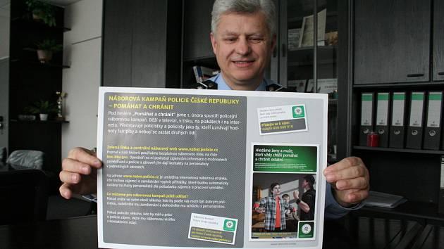 Miroslav Stromecký představuje náborovou kampaň.
