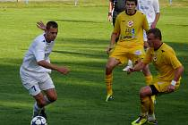 Břeclavští fotbalisté dokázali zvítězil na trávníku Rosic.