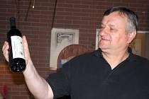 Vinař Miloš Michlovský ve své firmě Vinselekt Michlovský v Rakvicích.