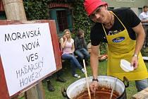 V Týnci vařily guláše mužácké soubory.