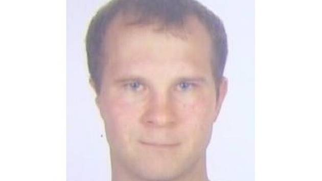 Po čtyřiatřicetiletém Josefu Bačovi pátrá od víkendu policie. Muž z Břeclavska se ztratil při sjíždění řeky Dyje na lodích s kamarády.