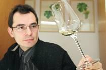 Degustace a hodnocení pro Salon vín.