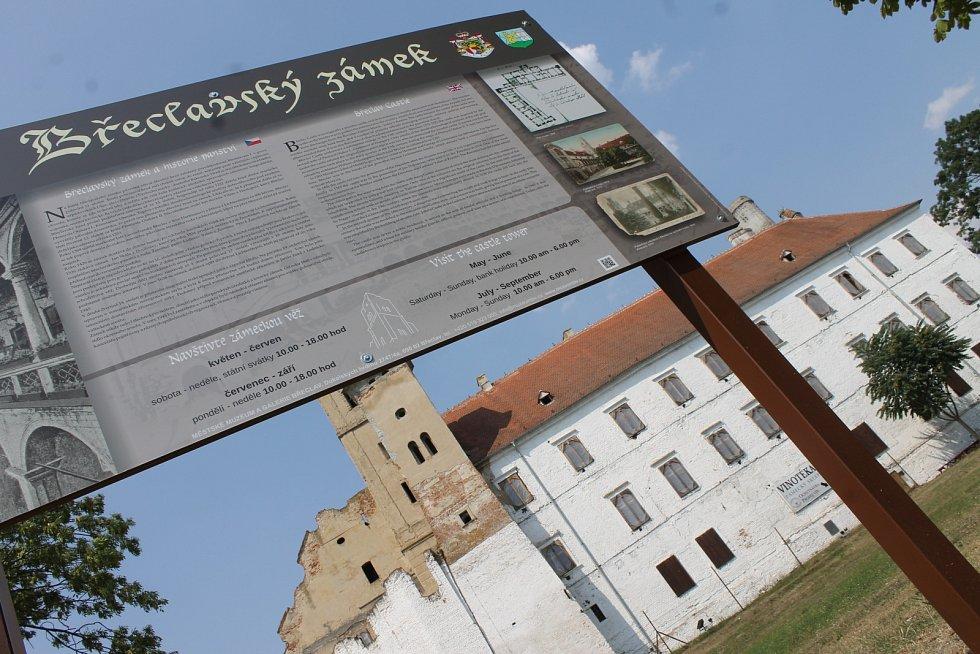 Břeclavský zámek. Ilustrační foto.