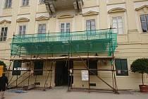 Valtický zámek nyní čeká další etapa oprav