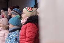 Poslední adventní neděle patřila ve Velkých Pavlovicích vánočnímu jarmarku.