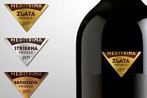 Medaile pro novou výstavu vín Meditrina, jejíž premiérový ročník hostí v sobotu Velké Pavlovice. Hodnotit vzorky vín tam budou pouze ženy.