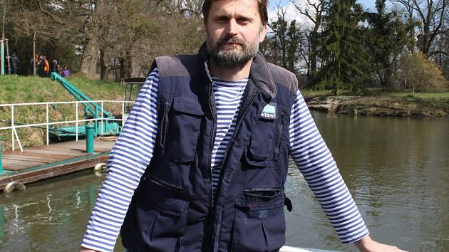 Lodní kapitán Radek Mitrič z Charvátské Nové Vsi.