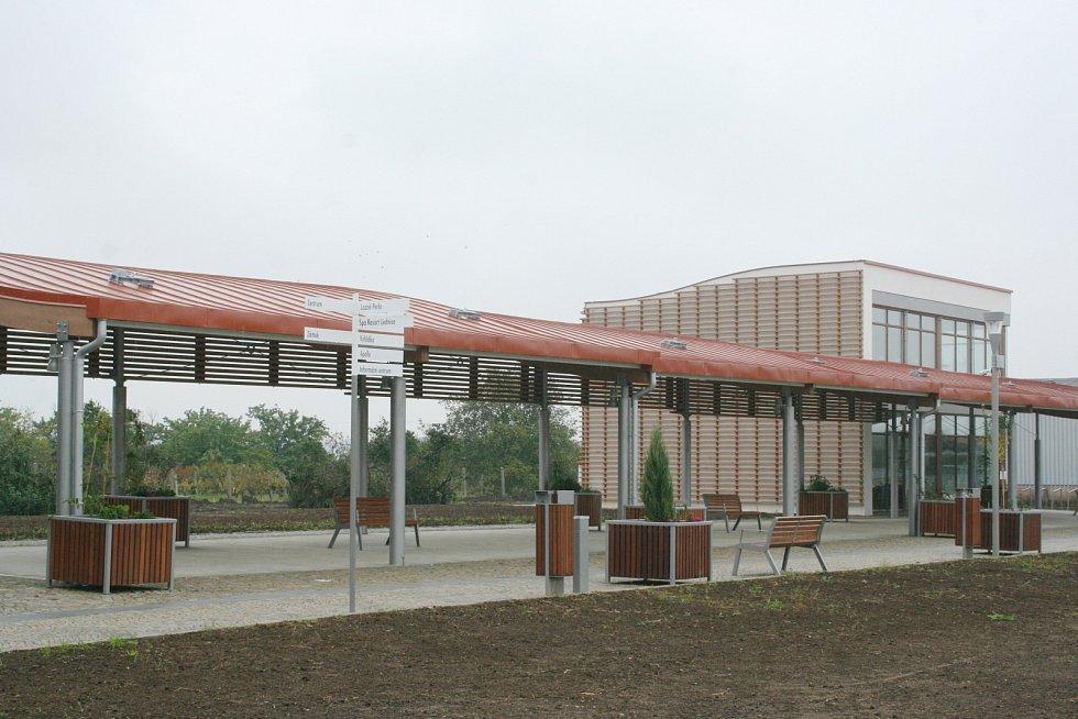 V Lednici  v sobotu slavnostně otevírají novou lázeňskou kolonádu. Součástí bude i bohatý kulturní program.