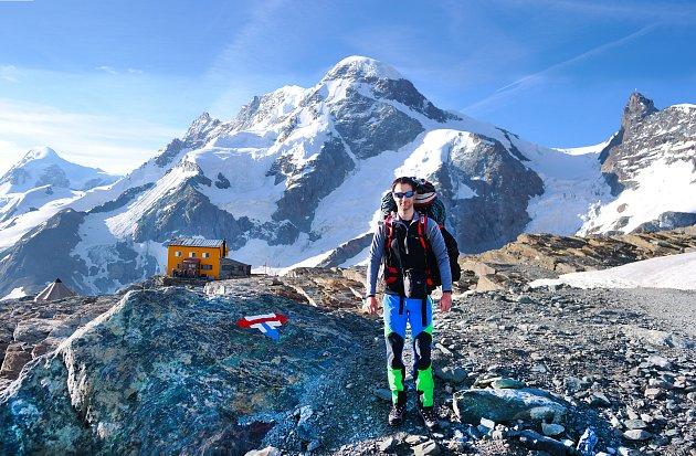 Horolezec Michal Švrček zVelkých Bílovic zlezl Matterhorn.