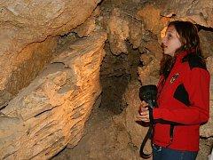 Tři sta návštěvníků projde nyní v průměru denně mikulovskou Jeskyní Na Turoldu. Paradoxem v období rekordního sucha je zatopený jezerní dóm, kam je zakázaný vstup.