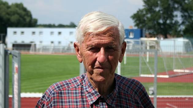Ladislav Klim na stadionu Miroslava Loučky v Břeclavi tráví téměř celý život.