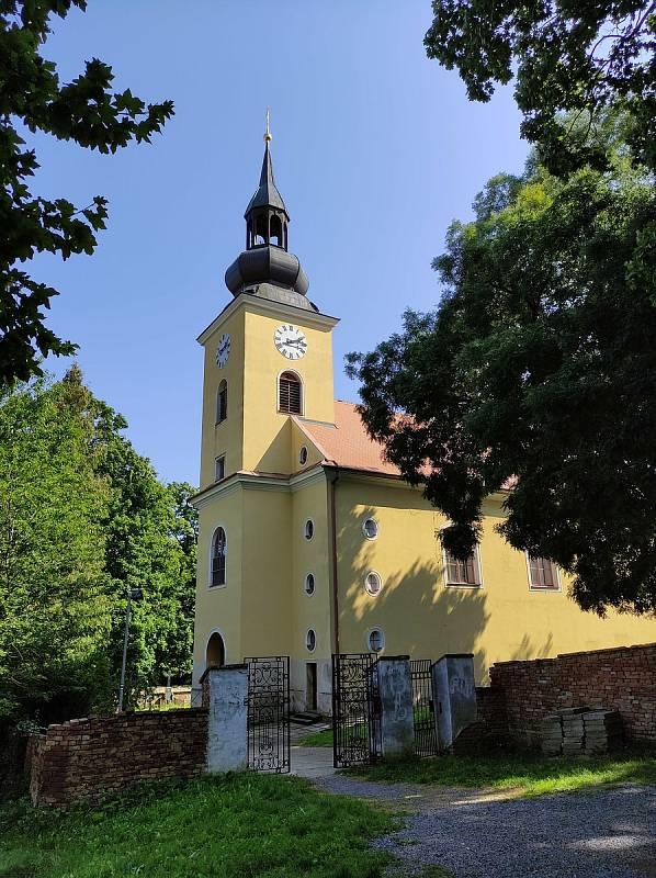 Z výletu do Klobouk u Brna a Boleradic.Kostel svatého Vavřince.