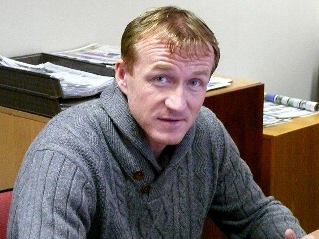 Trenér juniorky brněnské Zbrojovky Richard Dostálek.