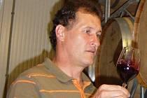 Vinař Stanislav Krejčí z Velkých Bílovic.