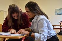 Američanka Kelsey Nies bude po dobu jednoho školního roku v Mikulově vypomáhat v hodinách angličtiny.