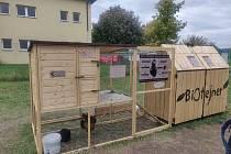 První biotejner v zemi u břeclavského sídliště Na Valtické, stav ve středu 9. října 2019.