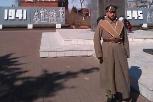 Břeclavan Petr Holobrádek se zúčastnil pietního aktu na počest padlých legionářů za první světové války až v ruském Pugačevu.