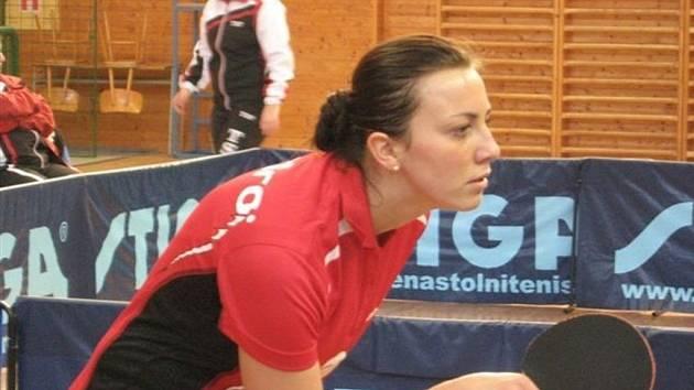 Novou tváří v dresu extraligového celku stolních tenistek MSK Břeclav je dvaadvacetiletá Aneta Kučerová.
