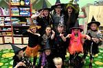 Děti si užily čarodějnickou párty, plnou tance, her a zábavy.