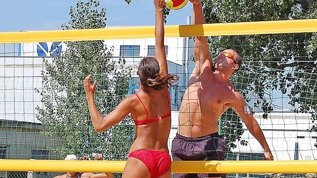 Po celou dobu konání beachvolejbalové ligy předváděli všichni hráči i hráčky skvělé výkony.