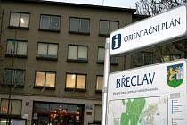 ILUSTRAČNÍ FOTO: Břeclavská radnice.