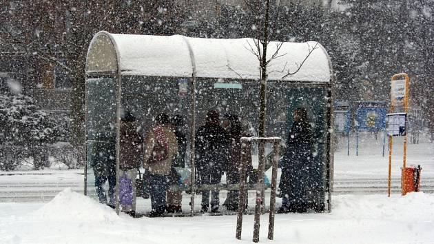 Břeclavsko je od úterý pod sněhovou dekou.