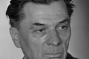 Robert Obsieger se narodil v Břeclavi, studoval ve Znojmě.