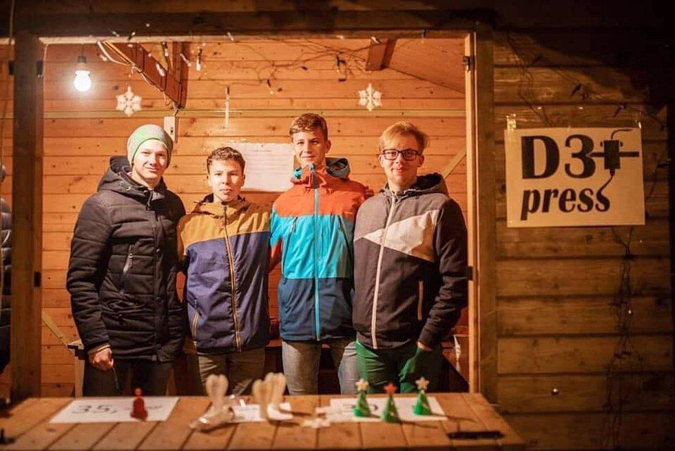 Žáci třetího ročníku břeclavského gymnázia mají vlastní firmu na 3D tisk. Jsou mezi finalisti národní soutěže nejlepší studentská firma.