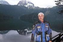 Borkovanský starosta Karel Urban procestoval Albánii na motorce.