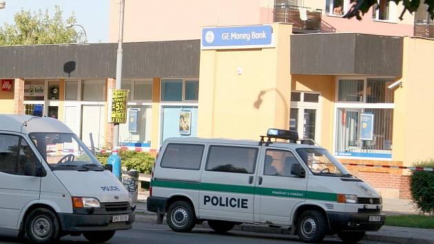 Přepadená břeclavská pobočka banky Ge Money Bank.
