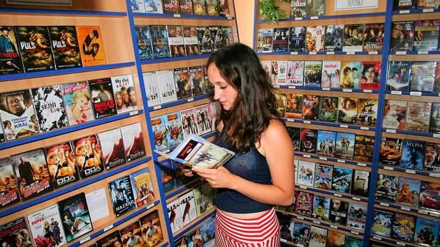 Jen málo která DVD půjčovna nemá problém s nedostatkem zákazníků.