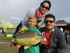 Rybářskými slavnostmi v pasohláveckém kempu Merkur o víkendu vyvrcholilo mistrovství světa v lovu kaprů.