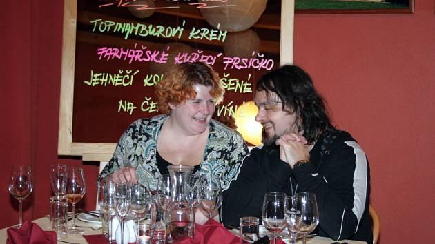 Skloubit jídlo a víno. To je hlavní smysl akce Slow Food Family Dinner. Konala se v pavlovském hotelu Pavlov.