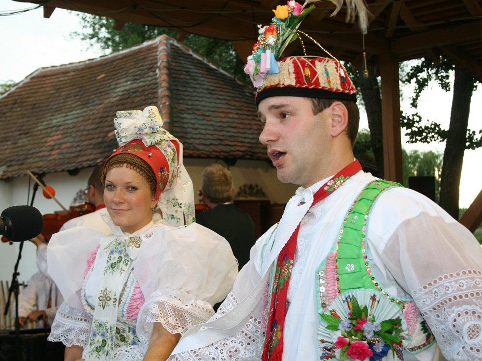Slavnosti Podluží v písni a tanci ve Tvrdonicích. Ilustrační foto.